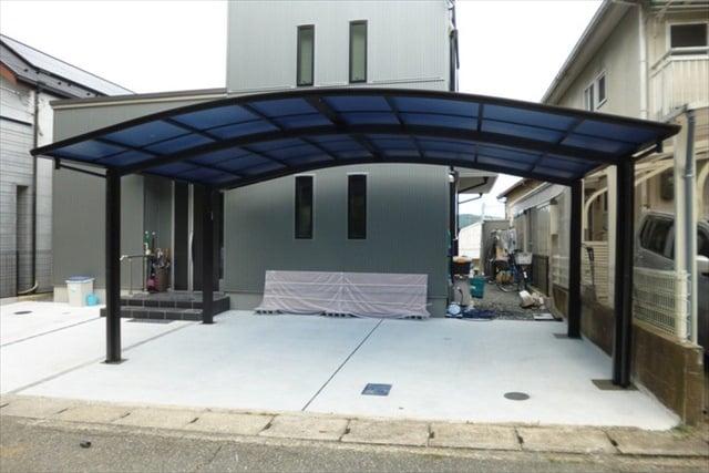 屋根付きの駐車場「カーポート」のメリット